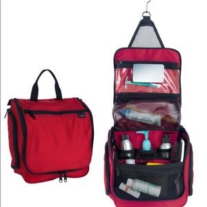 LL Bean NWOT sz MED red personal toiletry kit